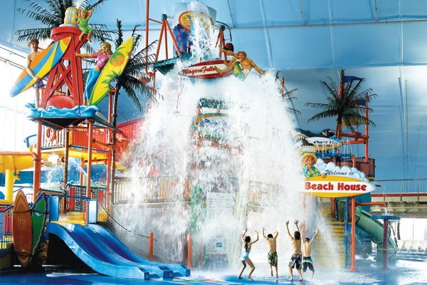 Water Parks, Splash Pads and Pools in and around Toronto