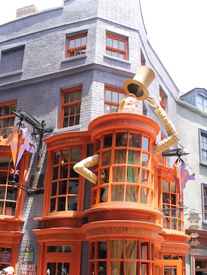 https://www.universalorlando.com/Theme-Parks/Wizarding-World-Of-Harry-Potter.aspx